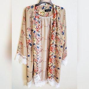 Other - NWOT Gorgeous Floral Kimono Size Large